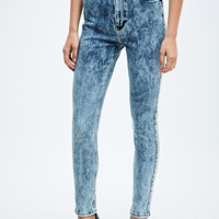 Light Before Dark Super High-Rise Skinny Jeans in Cloudy Denim - Urban Outfitters