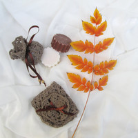 BATH SET // Brown bath set. Handmade Soap, Guest Soap, washcloth, cinnamon soap, organic cotton  washcloth, face scrub, Crochet  Soap Sack.