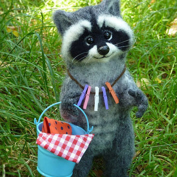 Needle felted MADE TO ORDER  Felted Animal  Felt doll  Figurines sculpture  Raccoon animals Handmade animal Raccoon as a gift  Raccoon Decor