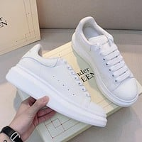 Alexander McQueen fashion men's and women's low-top sneakers new white shoes