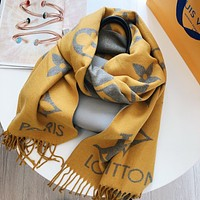 Louis Vuitton cashmere scarf for women to keep warm in autumn and winter, all-match temperament, high-end knitted scarf, lemon yellow
