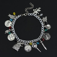 Game of Throne Bracelet House Stark Lannister Family Logo Pendant Summer Accessory Fashion Jewelry