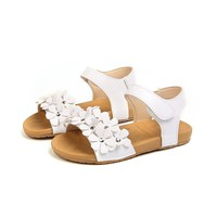 Comfy kids Flower Soft Leather Girls Sandals Shoes Ankle-Wrap Cozy Flat With Girls Performance Shoes Summer Beach Slippers