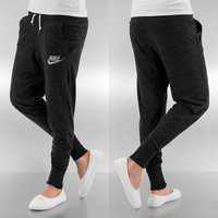 Nike Gym Vintage Sweatpant Black/Sail von Def-Shop.com