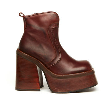 Riot Girl 90s Brown Leather Moto Platform Ankle Boot // Size 7