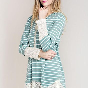 long sleeve stripe hoodie top with lace