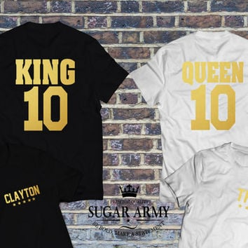King & Queen matching couple shirt, king queen matching tees, King and queen BACK/FRONT in Golden text, Pärchen-T-shirt