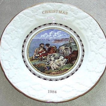 "Coalport China Christmas 1984 Ninth in an annual series Peace 9 1/4"" diameter Plate reproduced from the original Pratt prints (ref: 3196)"