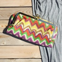 Kiss Lock Summer Tapestry Clutch