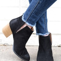 Northern Lights Bootie In Black