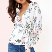GIRLS ON FILM WHITE FLORAL PRINT WRAP TOP