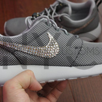 Blinged Nike Roshe Run Shoes Grey Metallic Customized With Swarovski Crystal Rhinestones Authentic New in Box