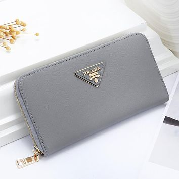 Prada Fashion New Solid Color Clutch Wallet Leather Leisure Purse