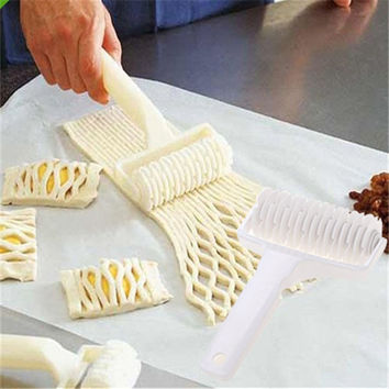 Kitchen Accessories Bakery Tool Dough Bread Cookies Pie Cake Lattice Pastry Roller Cutter Craft Baking Tools For Cakes R10
