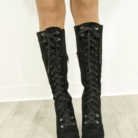 SZ 6 CHINESE LAUNDRY Keepsake Suede Lace Up Boots