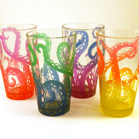 SALE - JANUARY DELIVERY - Embracing Tentacles Pint Glass Gift Set - Etched and Painted Glassware - Custom Made Barware