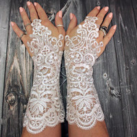 White wedding gloves bridal gloves lace gloves guantes french lace silver frame gloves fingerless gloves