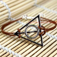 Harry potter bracelet  in copper and silver, material can be copper or silver, multiple colors to choose from,Christmas gift
