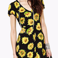 Black Sunflower Print V-Neck Short Sleeve Mini Dress