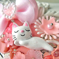 Hair Clip kawaii fairy kei lolita accessory white kitty cat kanzashi PINK