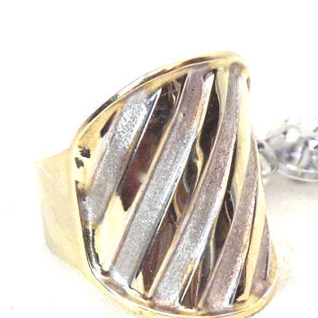 Vintage 14K Gold Ribbed Wide Statement Ring/Yellow Gold/ White Gold