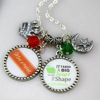 Chevron Necklace, Personalized Teachers Necklace, Custom initials, Green apple.Free Gift Box, Unique Gifts For teacher