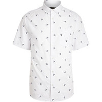 River Island MensWhite triangle print short sleeve shirt