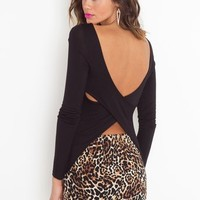 Double Cross Tee - Black in Clothes Tops at Nasty Gal