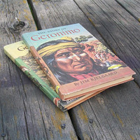 Vintage Books The Story of Geronimo The Story of General Custer 1958 1954 Signature Books Series