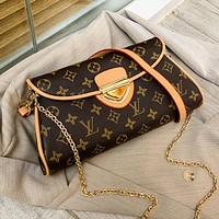 Louis Vuitton LV x Dior New Canvas Letter Embroidered Retro Messenger Bag Shopping Shoulder Bag