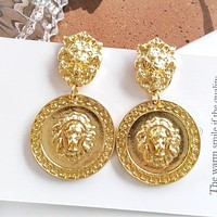 8DESS Versace Women Fashion Diamonds Stud Earring