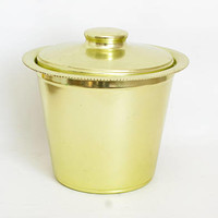 Vintage Color Craft Green Aluminum Ice Bucket, Anodized Colored Metal Ice Holder, Mid Century Barware (Hard to find)