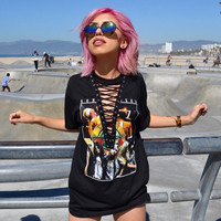 Gun and Rosy Print Hollow Out Lace Up T-shirt