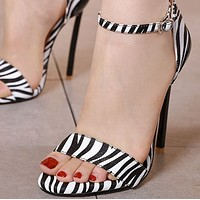 Hot style word with matching color shoes  shoes