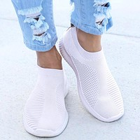 Women's Soft Casual Slip On Knitted Mesh Tennis Shoes