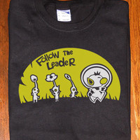Custom fanmade Cute Captain Olimar follow the leader Pikmin T-Shirt