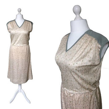 1970's Dress | 70s 80s Casual Dress | Size Large | Sage Green And Pale Peach Sporty Stretch Dress | Vintage Boutique Newcity Dress