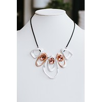 Metal Open Oval 3 Stone Necklace