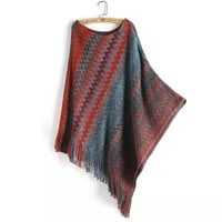 Block Zig-Zag Patterned Fringed Knitted Cape