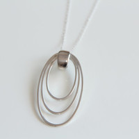 Sterling Silver Triple Oval Wire Pendant Necklace, Oval Shiney Silver, Silver Wire Jewellery, Statement Jewelry, Minimalist Gift