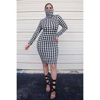 Stacey Long Sleeves Dress W/ Attached Mask