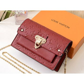 LV 2019 new female models presbyopia fashion personality postman bag shoulder bag chain bag red