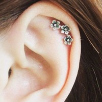316L Stainless Steel Triple Flower Cartilage Earring