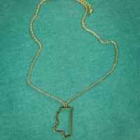 Mississippi State Necklace in Gold