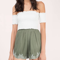 Sandy Floral Embroidered Shorts