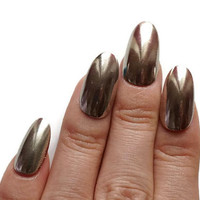 Chrome nails, latest nail trend, mirror nail, chrome powder, silver nail, Japanese nail art, oval nail, pretty nail, gel press on, fake nail