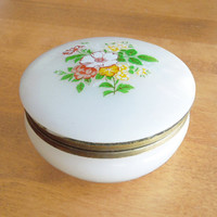 Vintage white trinket box jewelry box ring dish - Trinket box with floral hinged lid - Mothers Day gift (Ready to ship)