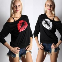 Red Lips Pattern Knit Top Long Sleeve Shoulder Print T - Shirt MMS1371