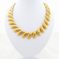 Vintage Gold Tone Paisley Feather or Leaf Dimensional Textured Link Choker Necklace