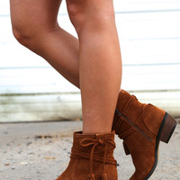 Minnetonka Mesa Bootie {Brown}
